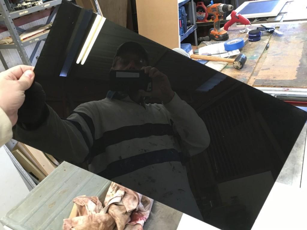 31-spray-painted-mirror