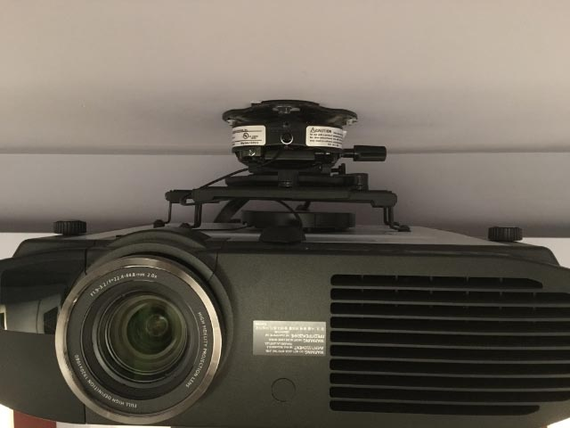 16-installed-projector
