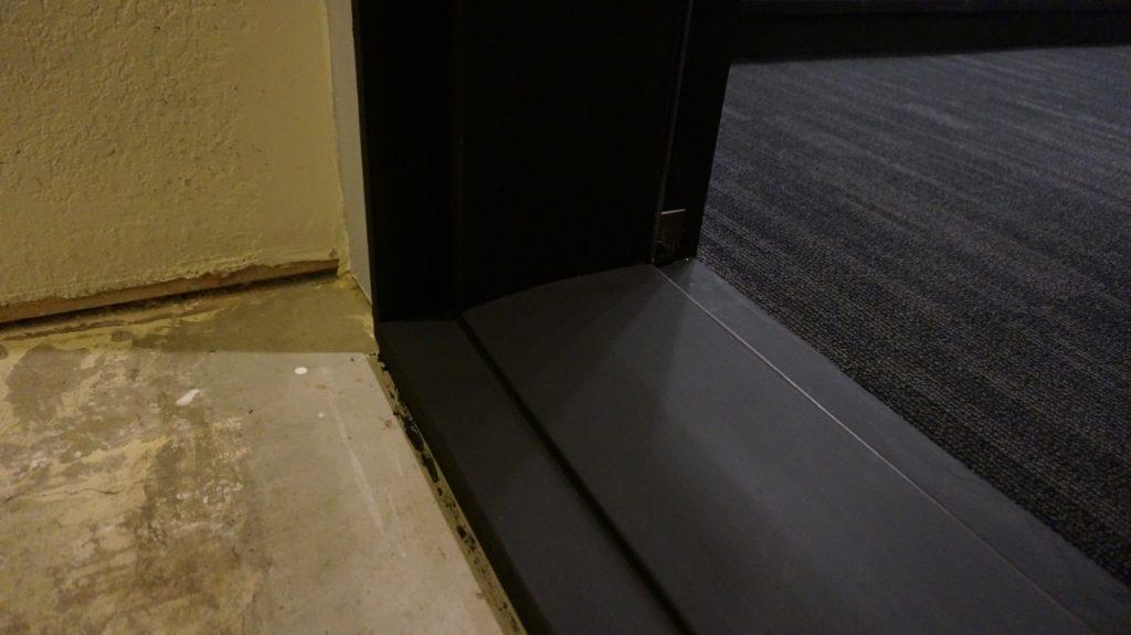 23-flat-black-threshold